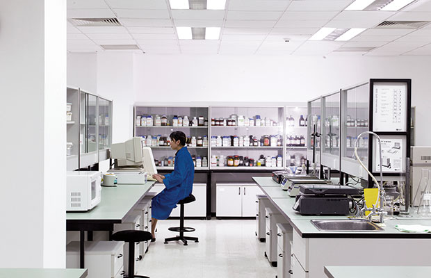 Worker at a pharmaceutical manufacturer in Shanghai