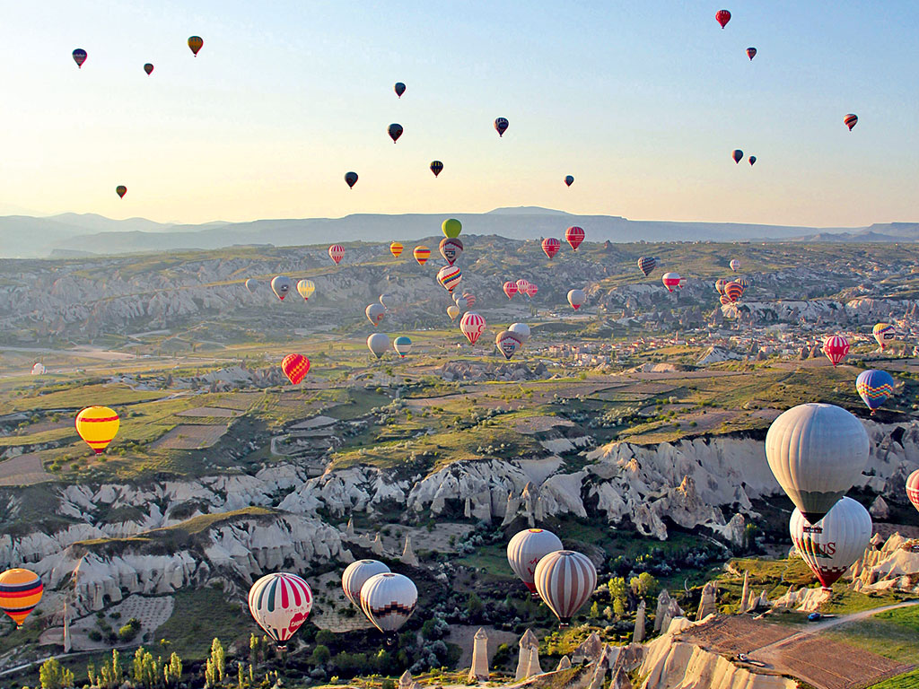 Hot-air-balloons-in-Turkey.jpg