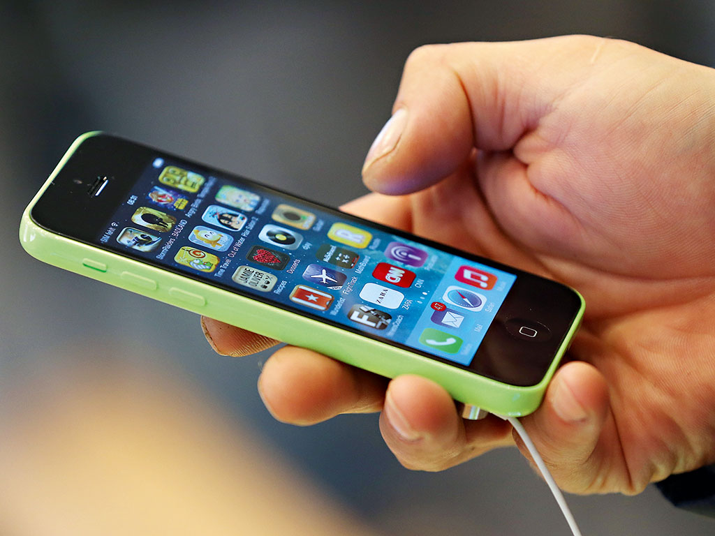 Game Of Phones: Tech Kings Clash In Smartphone Patent Wars