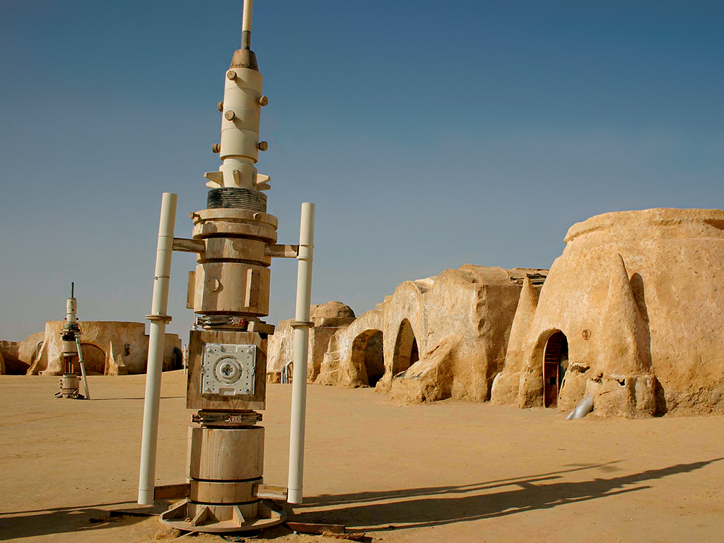 The planet Tatooine appeared in multiple episodes. CGI enhanced the physical sets in later entries