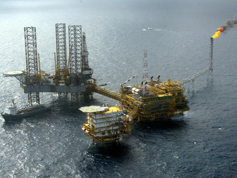 Shell And Total Suspend West African Offshore Oil Projects