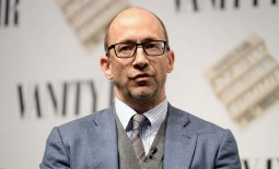 A string of unimpressive results have prompted Twitter executive Dick Costolo to step down