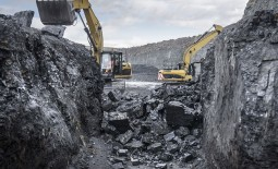 Coal mining giant Peabody has been forced to apply for Chapter 11 bankruptcy in the US, partly as a result of the firm's ill-fated attempts to expand into Australia