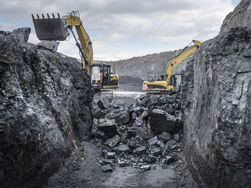 Peabody files for chapter 11 bankruptcy as coal industry continues to suffer the new economy - Mining images hd ...