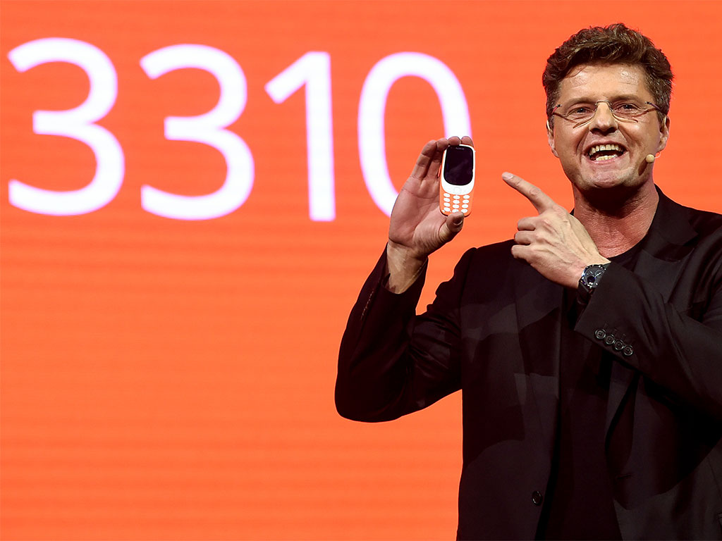 The phones at this year's MWC have taken cues from the past, as rivals look to capitalise on Samsung's recent weakness