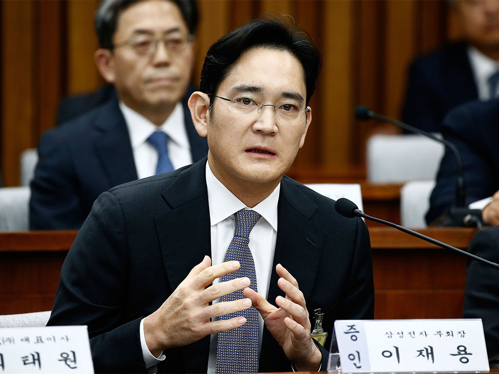 South Korean special prosecutors have charged the Samsung Electronics Vice Chairman with bribery and embezzlement
