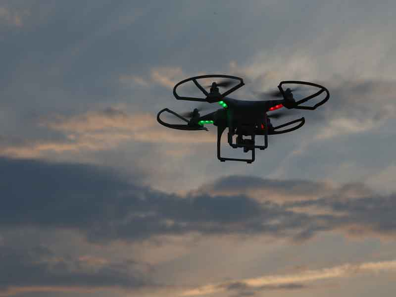 The White House has issued an order to give local governments the power to speed up drone tests in the hope to introduce regulations for commercial use