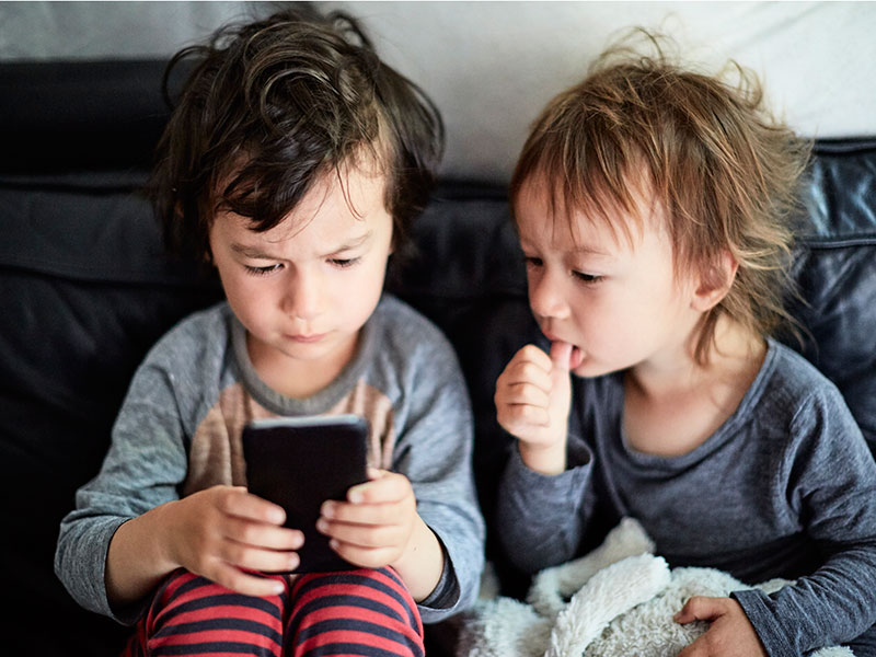 Bad Apple: shareholders call to end child smartphone addiction in open letter