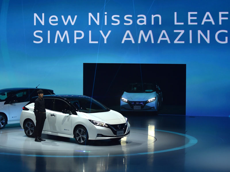 Nissan says aims to sell 1 million electric vehicles annually by 2022