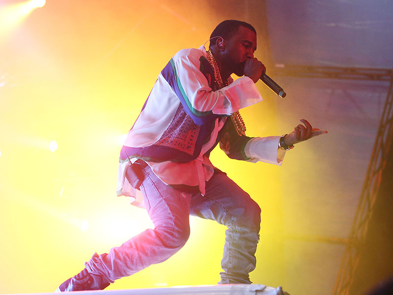 Sony has reached an agreement to purchase the controlling stake in EMI for $2.3bn, giving the tech giant access to more than two million songs from hit artists such as Kanye West, Pharrell Williams and Queen