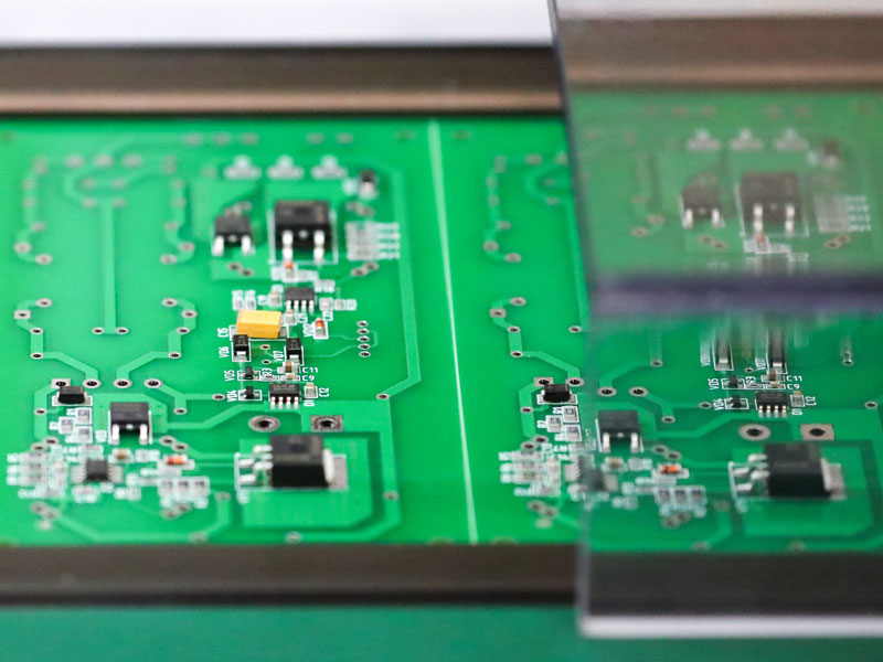 Bloomberg claims that circuit boards manufactured by hardware firm Super Micro were fitted with microchips that allowed servers to be spied on