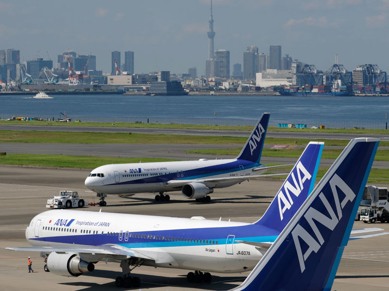 Japan's largest airline will order 30 Boeing and 18 Airbus aircraft as part of plans to meet the Asian aviation market's growing demand