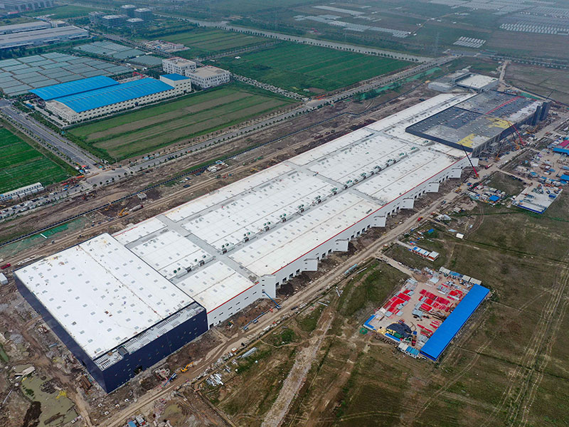 Tesla's new $2bn factory in Shanghai, China, is on schedule to start production in October, but internal sources have suggested the factory may not meet its ambitious production targets