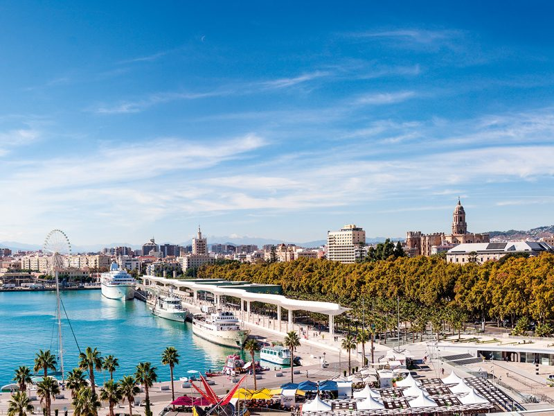 As a thriving smart city with a wealth of culture and enviable climate, Málaga is ideal for employees and businesses
